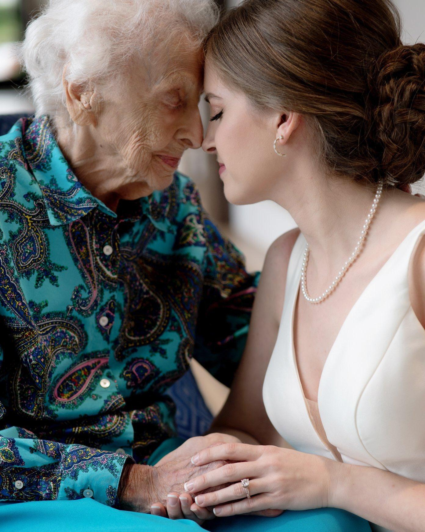 4-grandma-wedding-1566836571944.jpeg