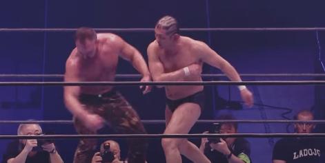 Minoru Suzuki vs Jon Moxley