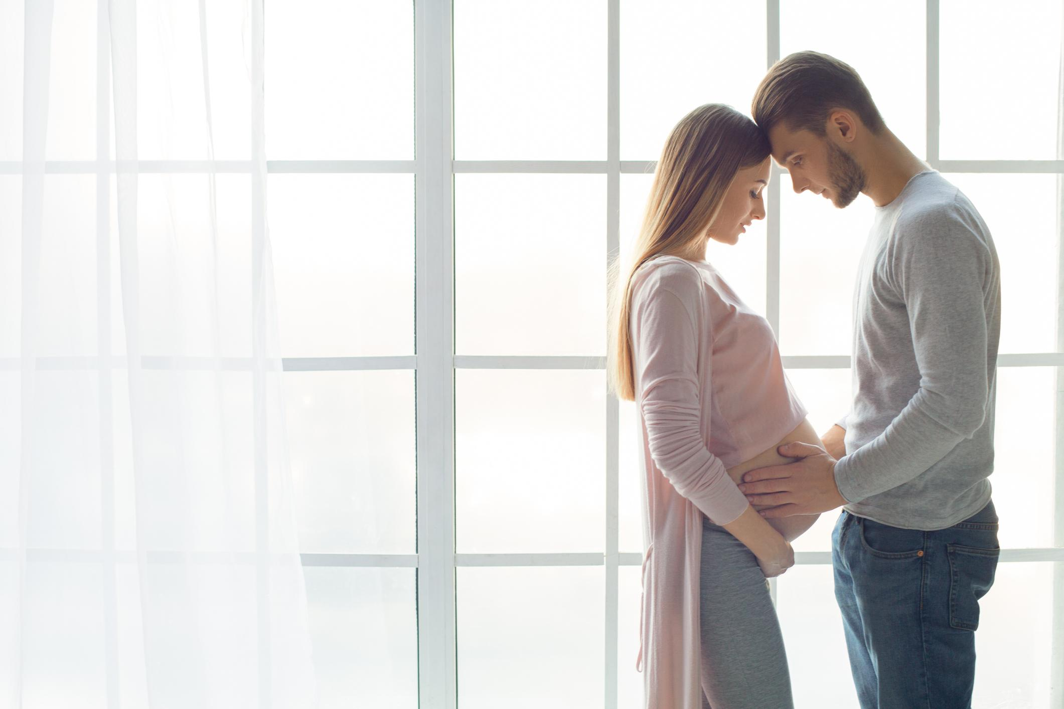pregnant-wife1-1556724137704.jpg