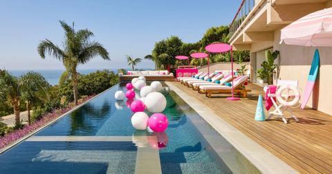 barbie-airbnb2-1571350917034.jpg