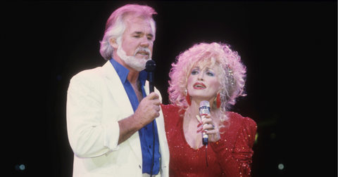 dolly-parton-kenny-rogers-1574264783236.PNG