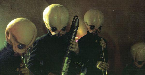 Star-Wars-cantina-band-1515781088161.jpg