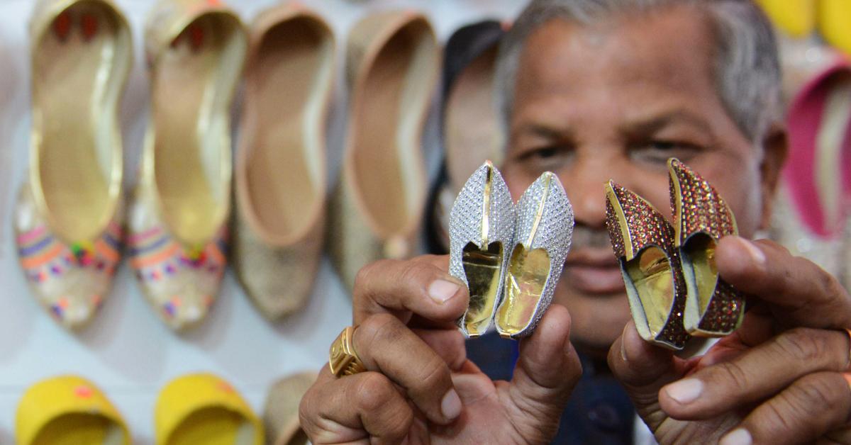 smallshoes-1534952325540-1534952327711.jpg
