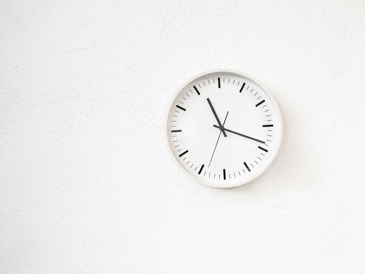 clock-1539379045826-1539379047838.jpg