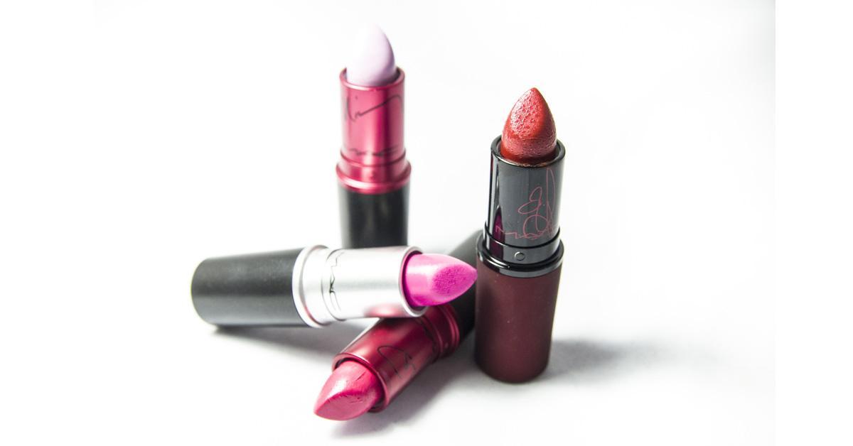 mac-free-lipstick-day-1532626625589-1532626627288.jpg