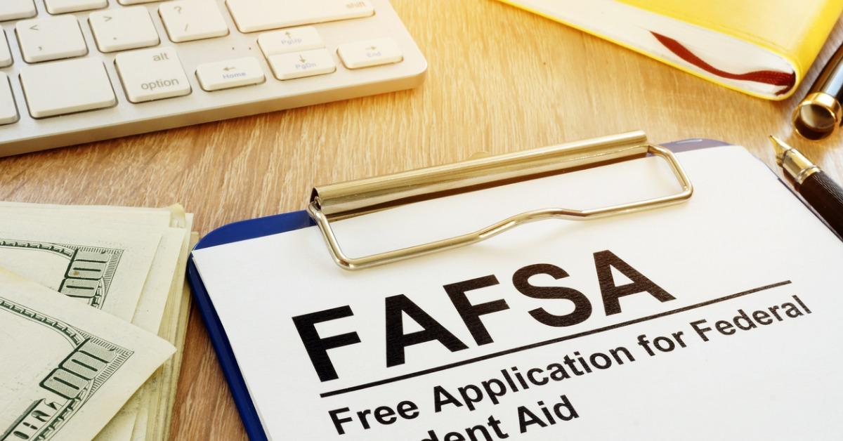 free-application-for-federal-student-aid-concept-picture-id964200162-1535729016760-1535729018554.jpg