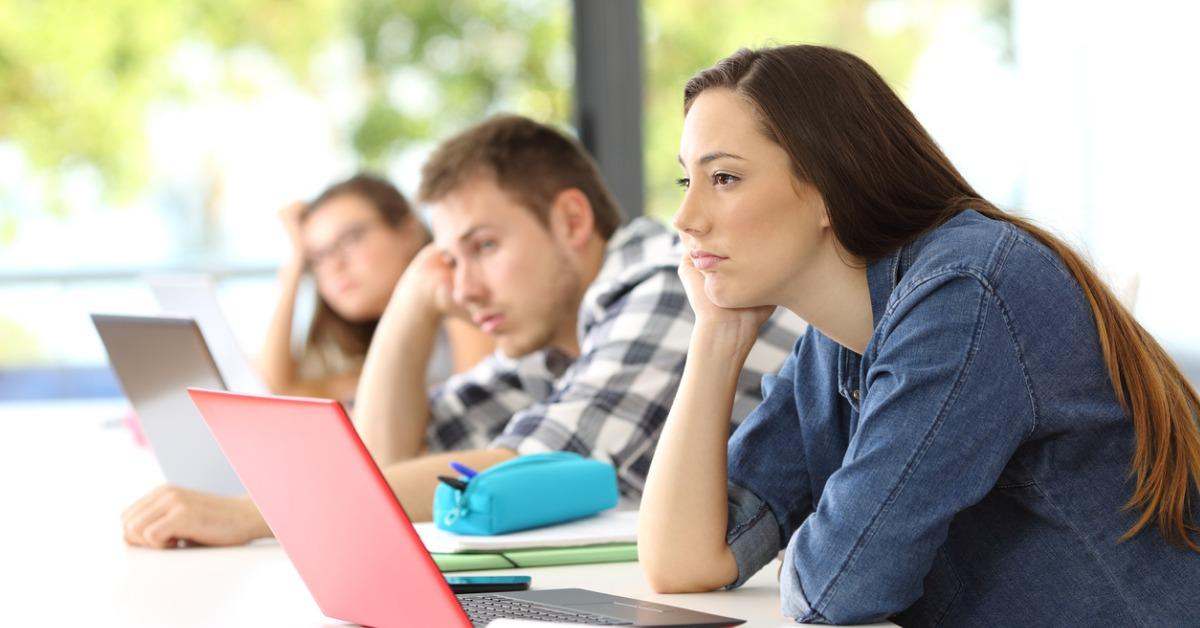 bored-students-listening-lesson-in-a-classroom-picture-id820868652-1535728232721-1535728234730.jpg