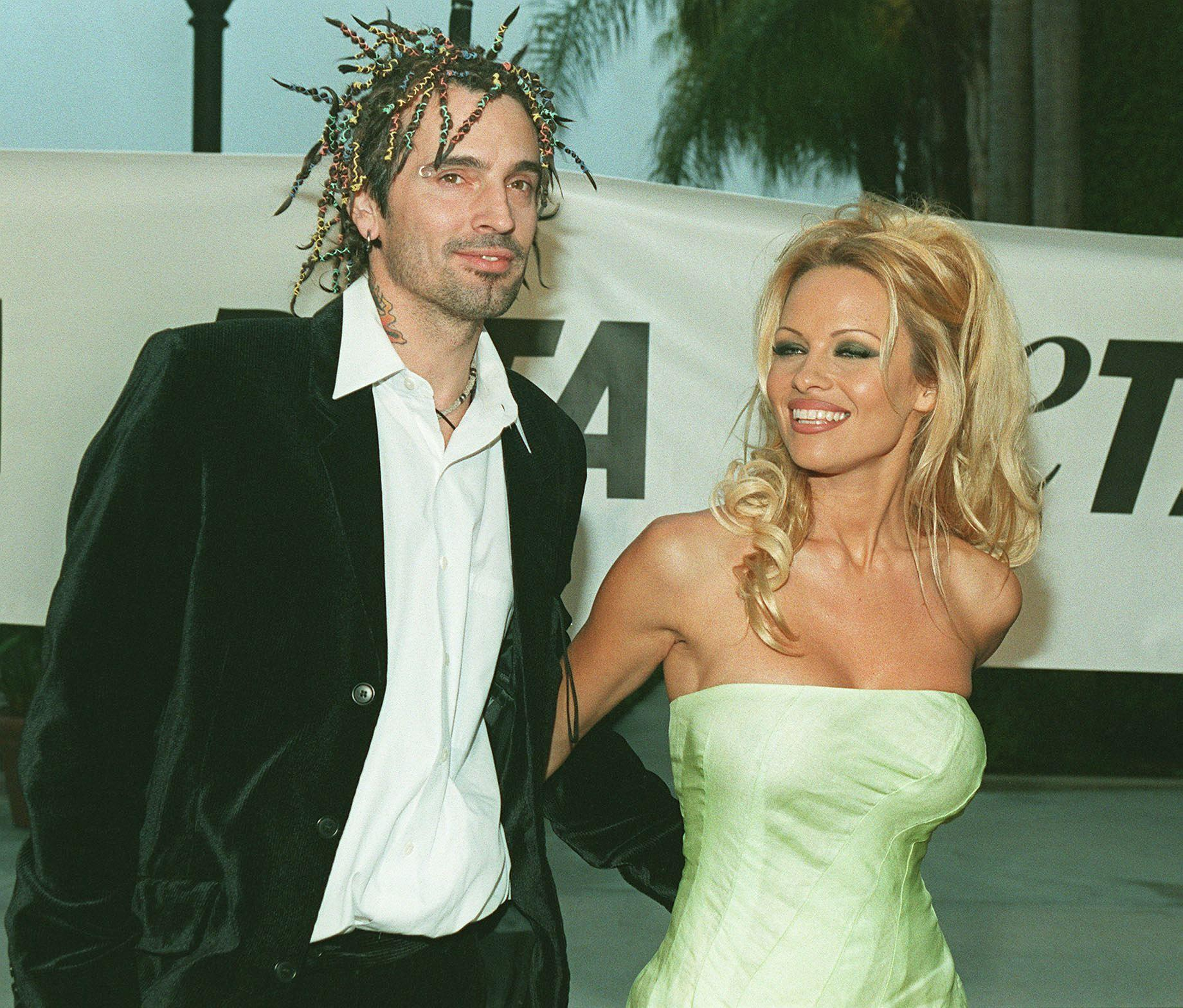 pamela-anderson-tommy-lee-engagement-1531337760307-1531337762214.jpg