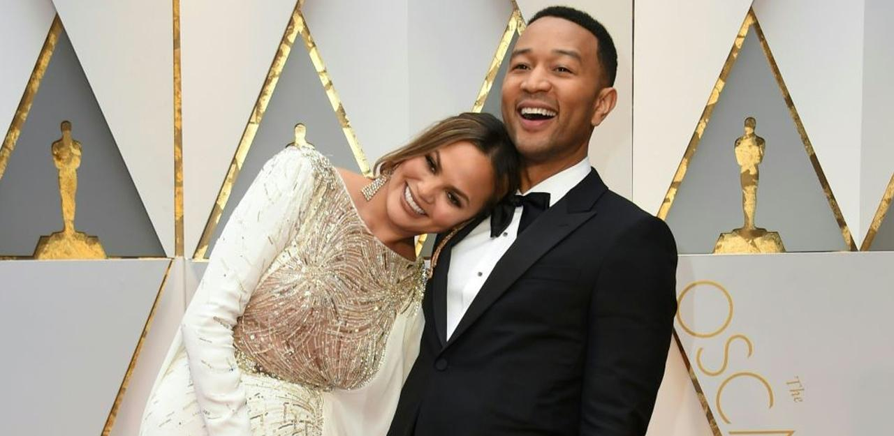john-legend-chrissy-feature-1530767778442-1530767780774.jpg