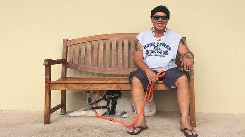 hawaiimanwithservicedog-1531509040322-1531509042615.jpg