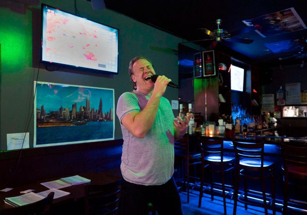 karaoke-bar-1536787571372-1536787573320.jpg