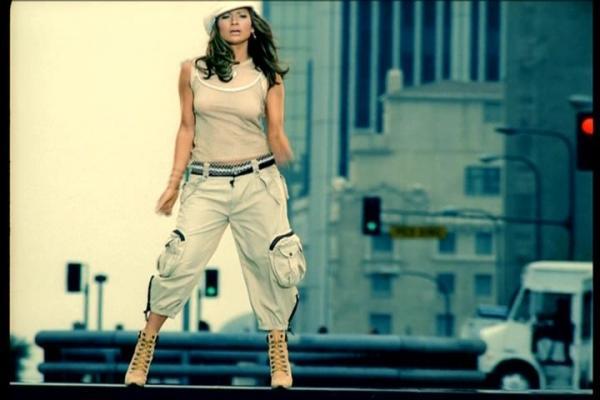 Jenny-From-The-Block-Music-Video-jennifer-lopez-26796430-600-400-1537205382881-1537205384652.jpg