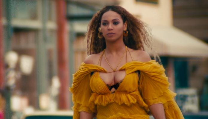 beyonce-hold-up-dress-1540319390742-1540319733302.png