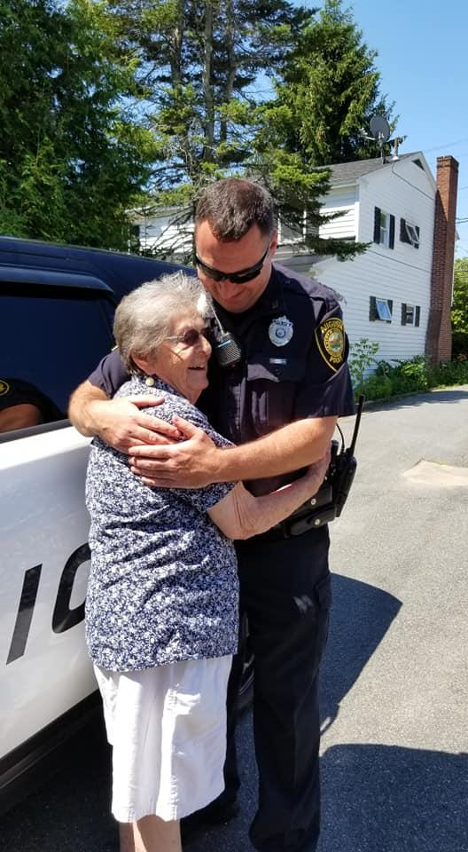 grandma-arrested-cops-3-1535043789102-1535043790659.jpg