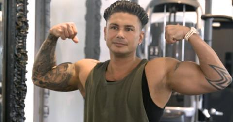 is-pauly-d-in-relationship-2019-1553113990771.jpg