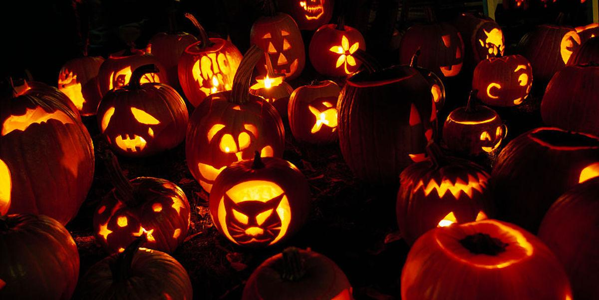 5 Easy (and Scary!) Pumpkin Carving Ideas for a Stress,Free