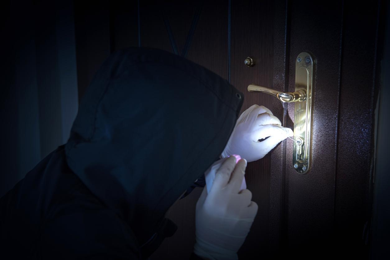 lock-1539633616135-1539633618138.jpg