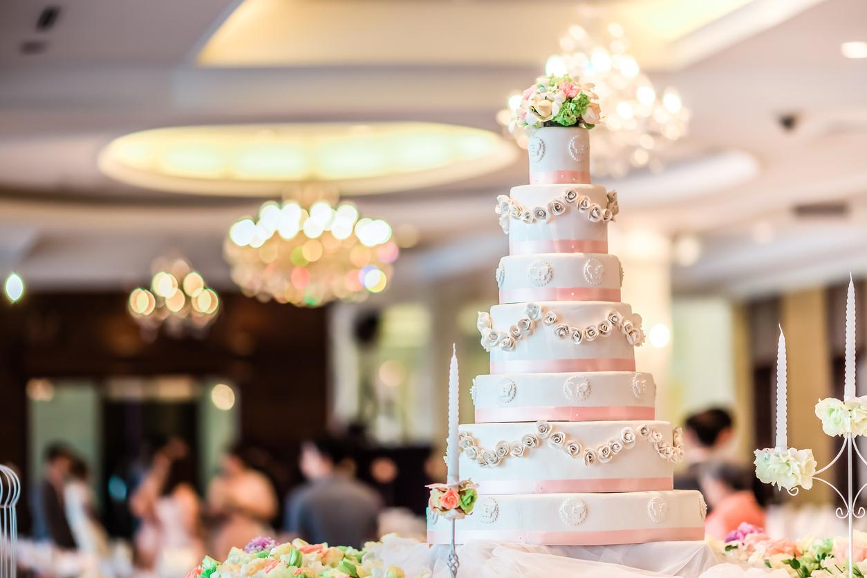 weddingcake-1540409586331-1540410156860.jpg