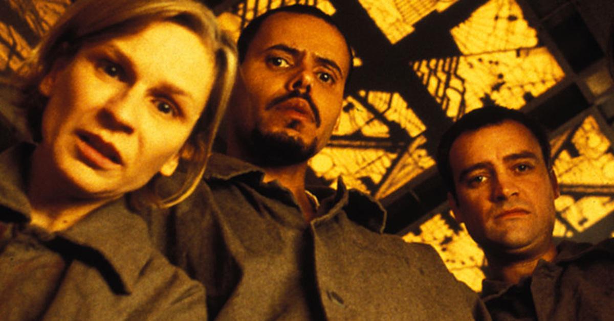 scariest-horror-movies-netflix-cube-1538672125797-1538672127786.jpg