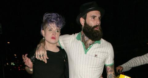 kelly-osbourne-ricki-hall-1579634661904.jpg