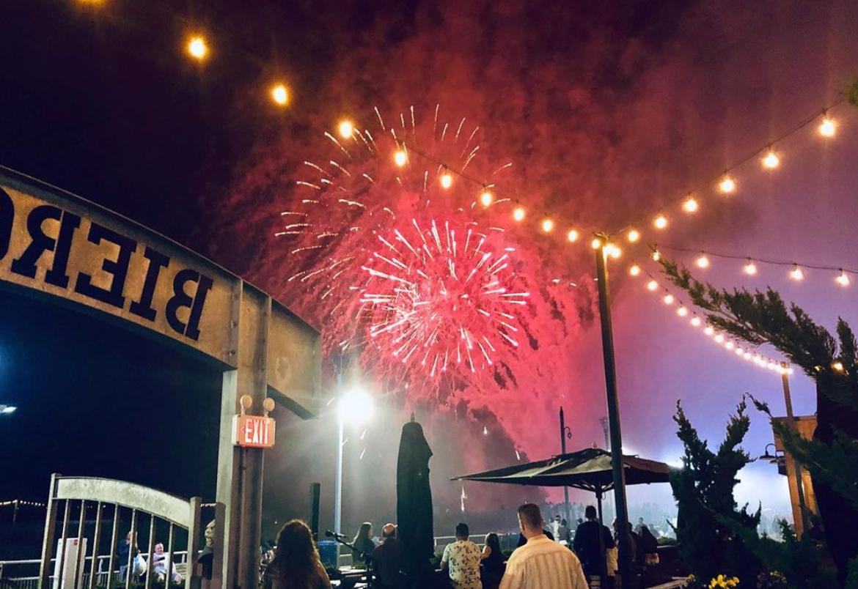 atlantis-fireworks-1562111591473.png