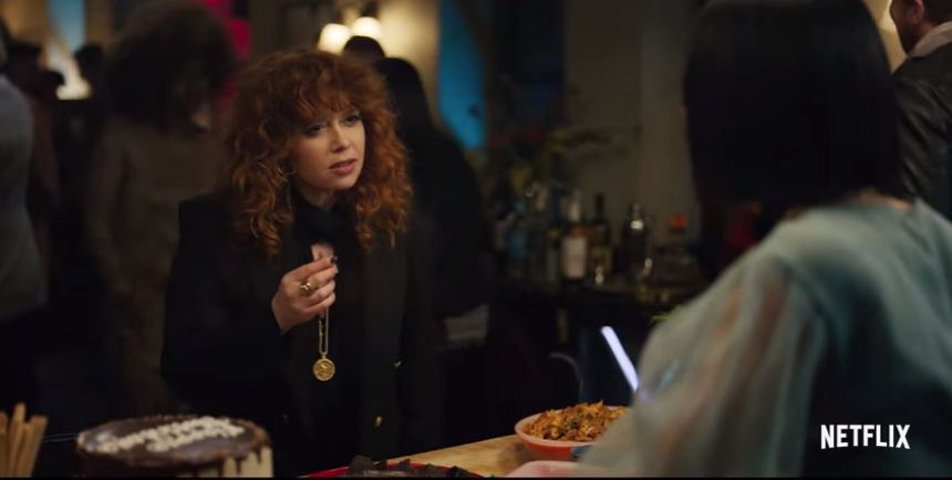 russian-doll-review-6-1549040185407-1549040189312.png