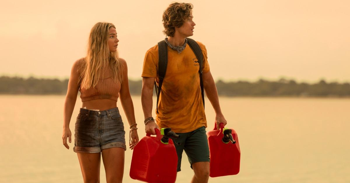 Sarah and John B in 'Outer Banks'