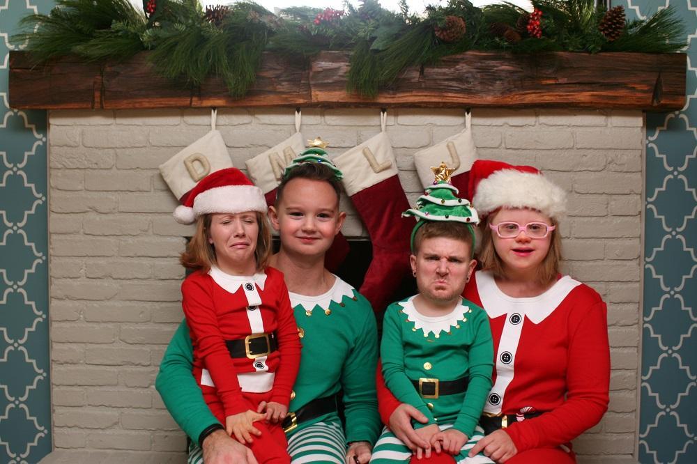 real-family-christmas-cards-25-1544821387545.jpg