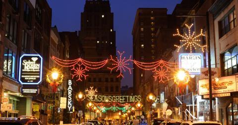christmas-lights-near-me-5-1575325454710.jpg