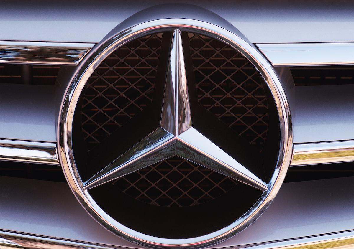 mercedes-benz-logo-1559664789985.jpg