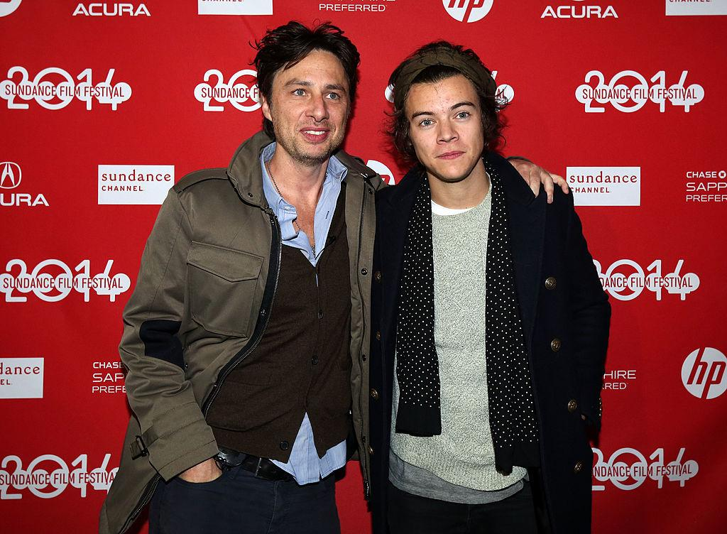 12-zach-braff-harry-styles-1579803283944.jpg