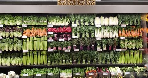 16-organized-produce-1558366359050.jpg