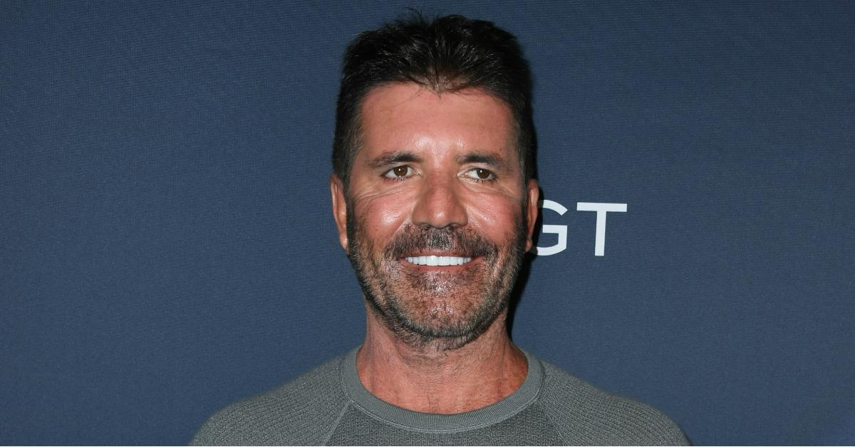 what happened to simon cowells face