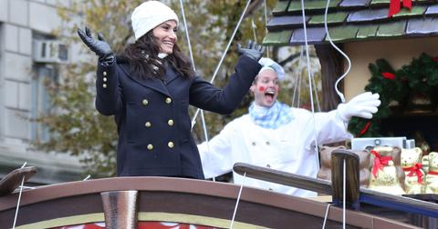 how-can-i-watch-the-macys-thanksgiving-day-parade-without-cable-idina-1574469829085.jpg