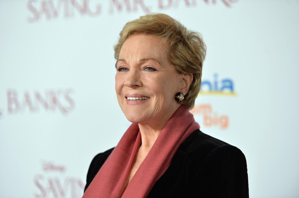 why-isnt-julie-andrews-in-mary-poppins-returns-1544567030105.jpg