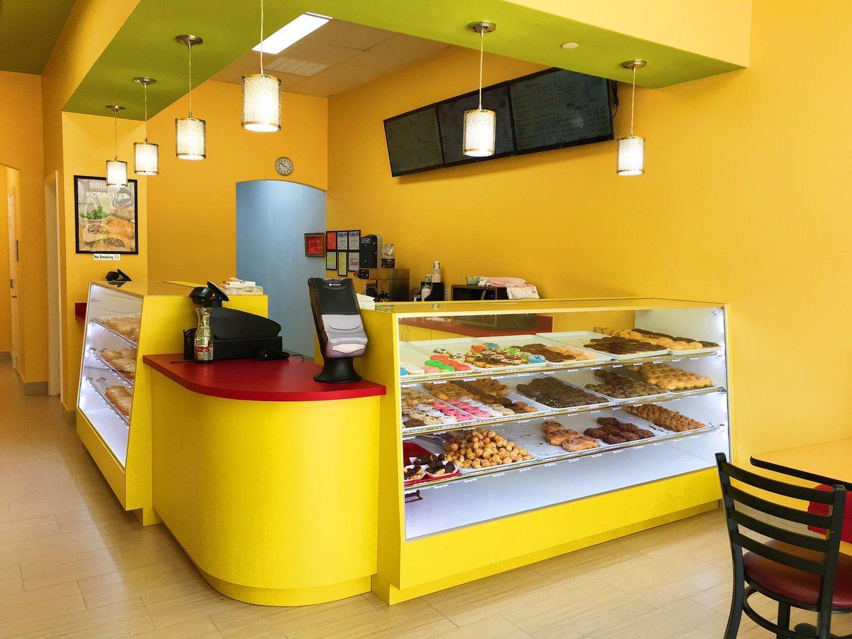 billy-donuts-2-1552311951915.jpg