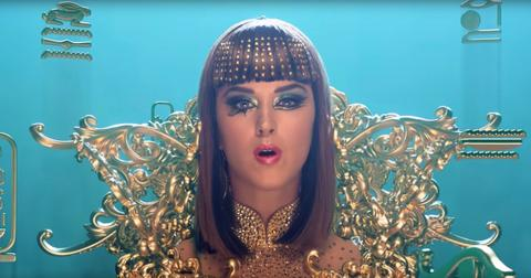 katy-perry-dark-horse-1564499498678.jpg