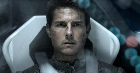 tom-cruise-space2-1588782704329.jpg