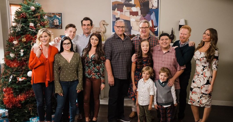 modern-family-cast-1569430880261.PNG