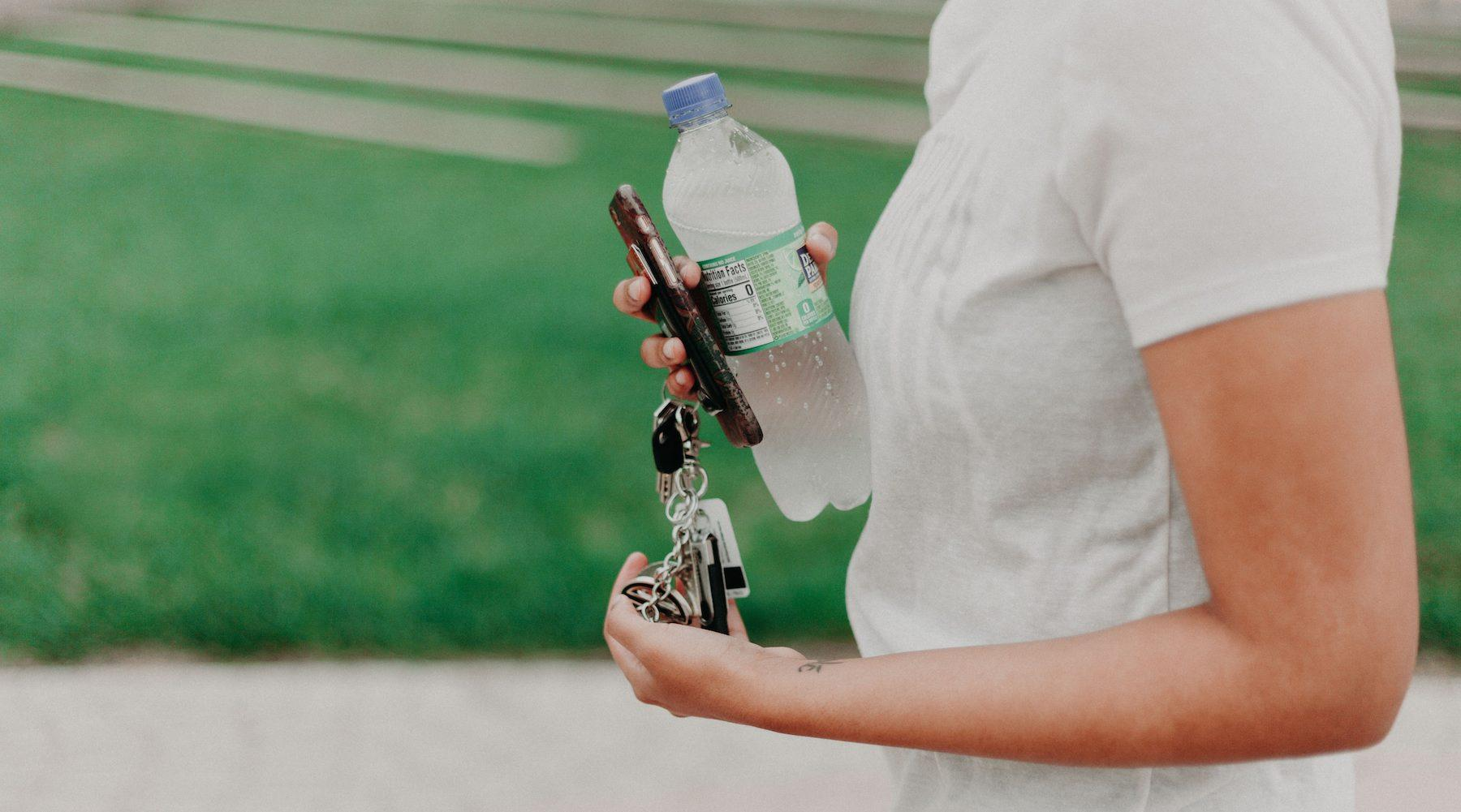 water_bottle_car_fire-1532097347724-1532097350008.jpg