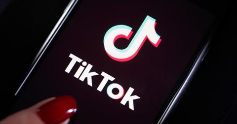 tiktok-algorithm-black-background-1578614006508.jpg