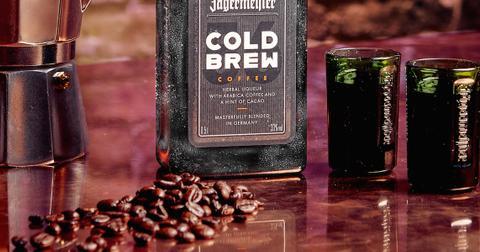 jagermeister-cold-brew-coffee-lifestyle-1570136374072.jpg