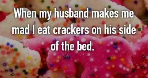 crackers-side-of-bed-1556827868073.jpg