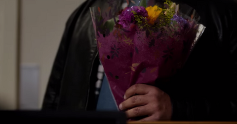 secret-obsession-who-was-the-guy-with-the-flowers-1-1563824826235.png