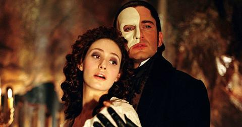 phantom-of-the-opera-1553189257897.jpg