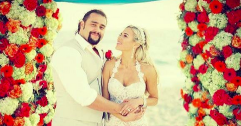 rusev-lana-wwe-cover-1569948255579.png