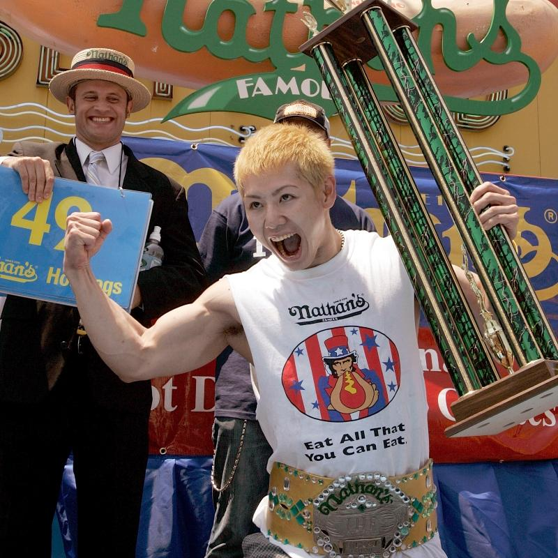 Joey Chestnut wins 12th hot dog eating title