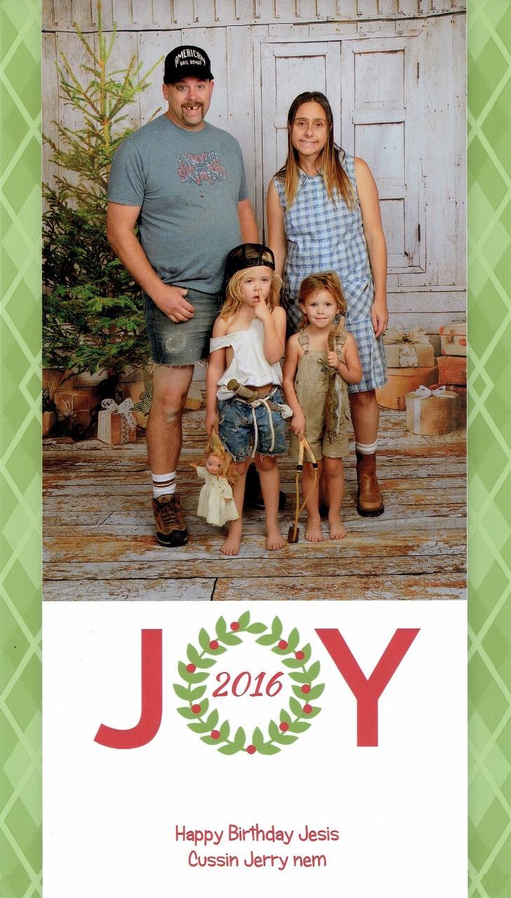 real-family-christmas-cards-10-1544821048951.jpg