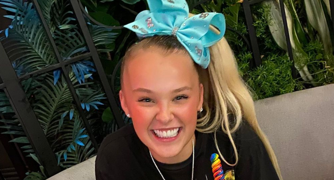 What S Jojo Siwa S Sexuality Here S What To Know About The Star