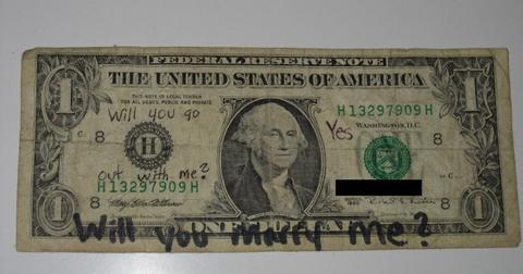 1-dollar-bill-1570635291215.jpg